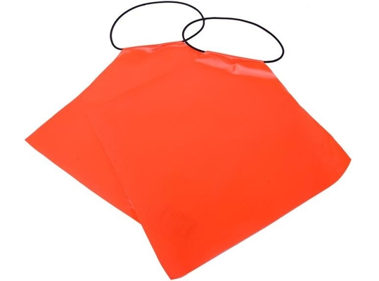 China Outdoor Waterproof Traffic Safety Flags PVC With Reflective Tape 30*30cm supplier