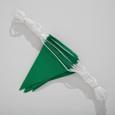 PVC Triangle Custom Made Pennants Flags Green Safety For Construciton And Roadway